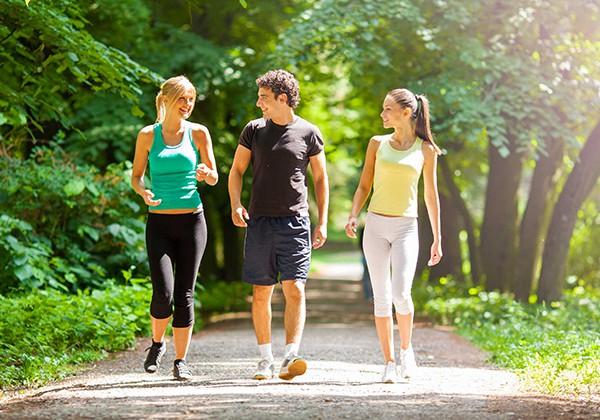 Hướng dẫn đi bộ giảm cân đúng cách, hiệu quả cho người Mới !