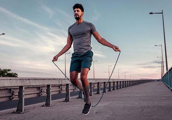 Nhảy dây có làm to bắp chân? Lợi ích của tập nhảy dây là gì?