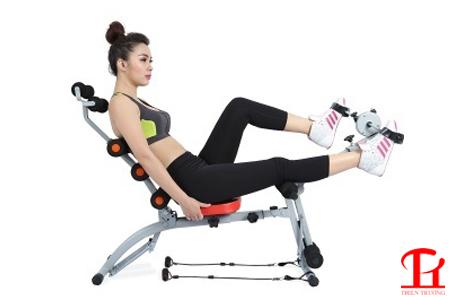 Bài tập đạp xe với máy tập cơ bụng