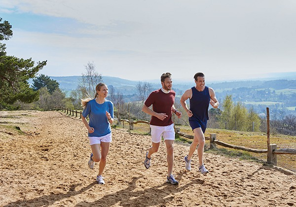 Chạy bộ có giảm mỡ bụng không? Lưu ý gì để giảm mỡ nhanh?