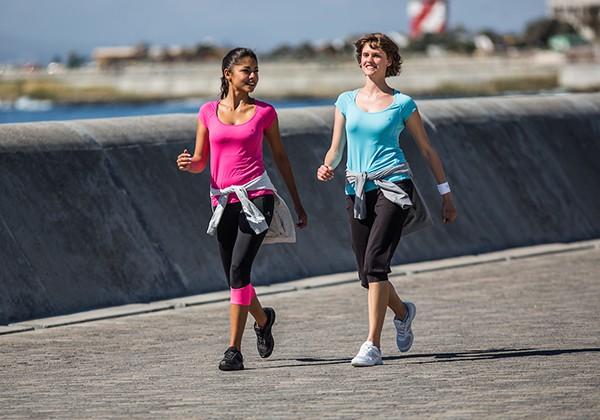 Lợi ích của việc đi bộ là gì? Tập đi bộ như thế nào đúng cách?