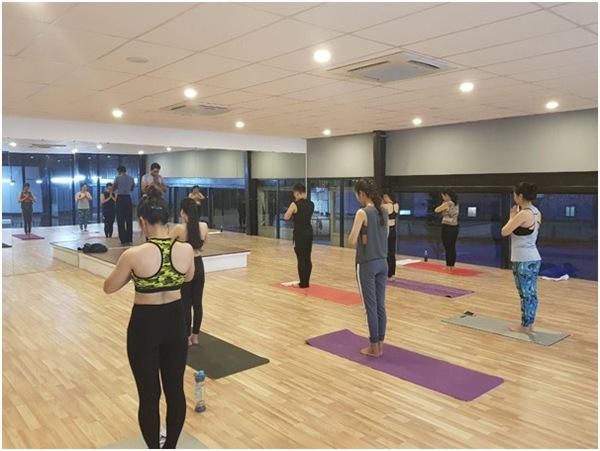 Tập Yoga tại Gold Sport Millennium