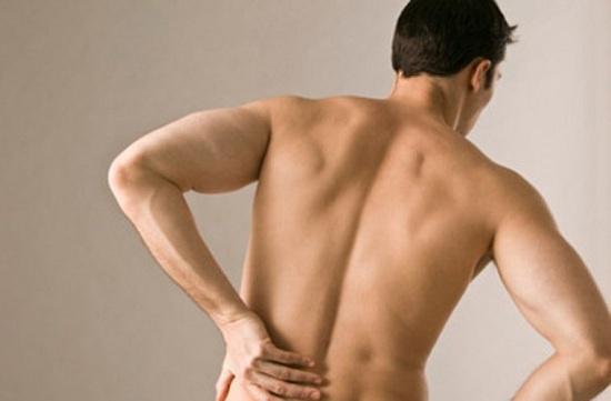 Tại sao tập thể hình bị đau lưng? Cách khắc phục như thế nào?