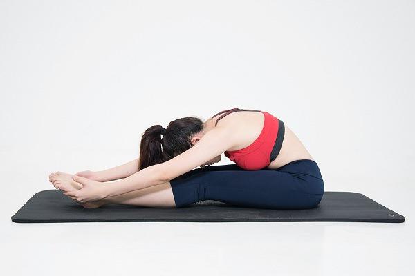 Tư thế Yoga giãn cơ lưng