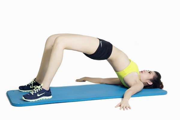 Bài tập Hips Bridge tập mông cho nữ