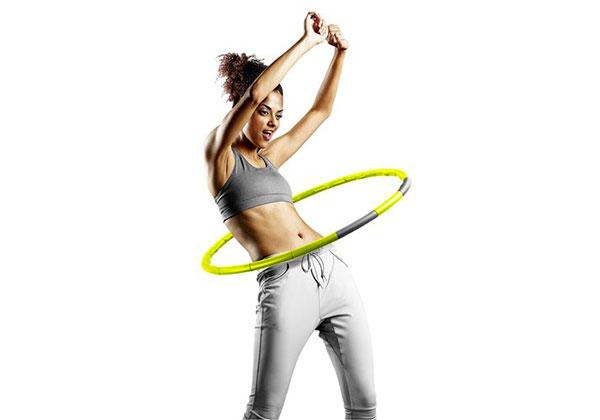 Bài tập thể dục lắc vòng