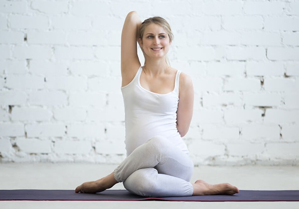 Bài tập Yoga Cow Face Pose