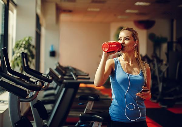 Bổ sung nước sau tập Gym