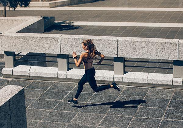 Cách chạy bộ để chân thon