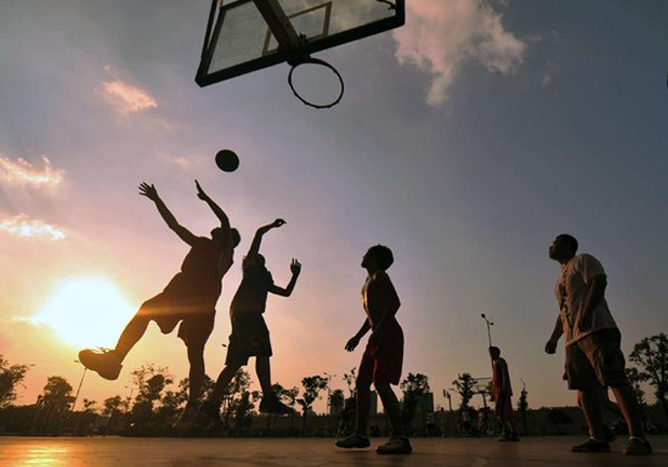 Cách chơi bóng rổ tại nhà cơ bản, đúng kỹ thuật cho người Mới