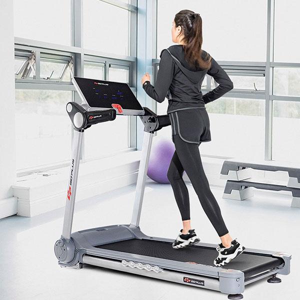Cách tập thể dục bằng máy chạy bộ