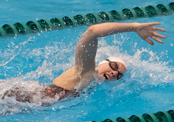 Cách thở khi bơi sải