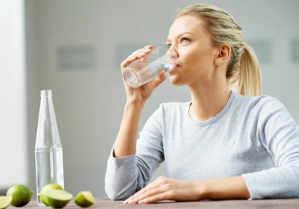Các cách uống nước đúng cách để giảm cân hiệu quả tốt Nhất