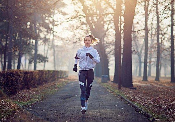 Lợi ích của chạy bộ buổi sáng bạn cần nắm rõ trước khi chạy bộ