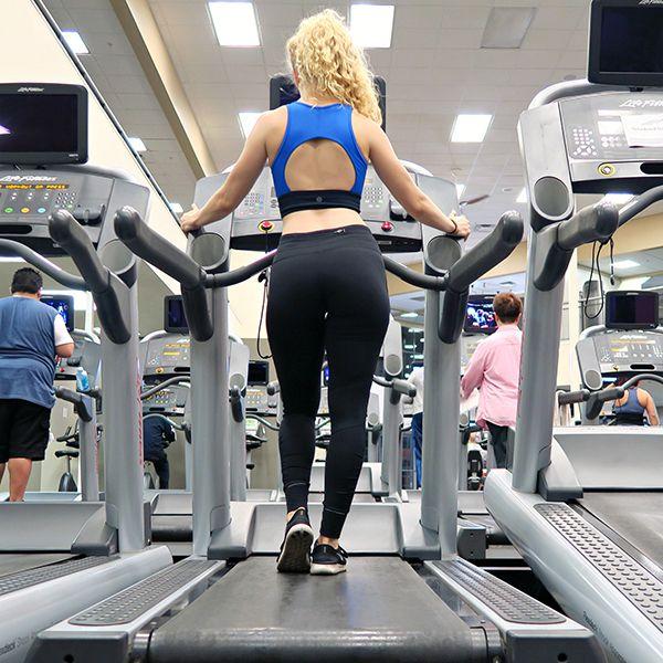 Đi bộ giảm cân trên máy