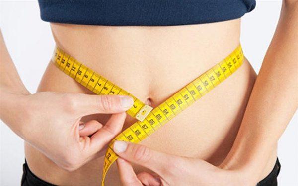 giảm béo bụng trước khi tập cơ bụng