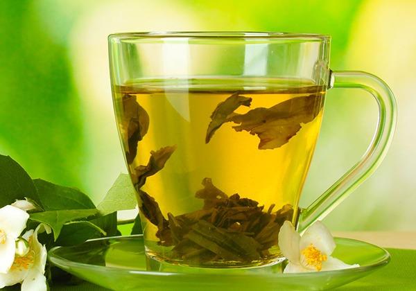 Giảm cân bằng mật ong với trà xanh