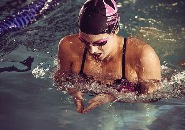 Kỹ thuật thở trong bơi ếch đúng cách dành cho người mới bơi !