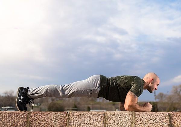 Tập Plank giúp giảm mỡ bụng
