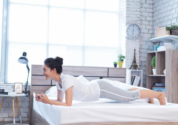 Các bài tập giảm cân, giảm mỡ bụng trên giường hiệu quả Nhất