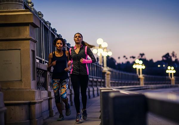 Tập thể dục buổi tối có giảm cân? Cần chú ý gì khi tập vào tối?
