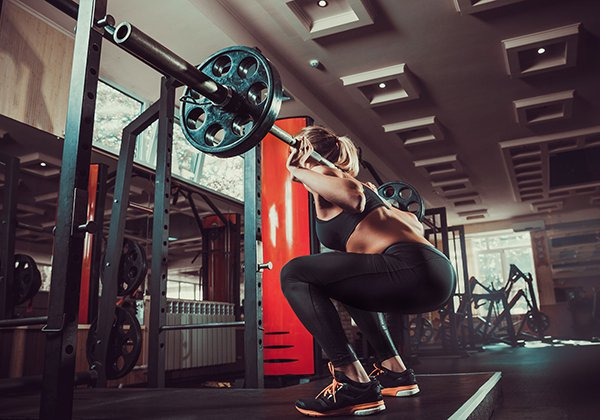 Tập Wide Stance Barbell Squat