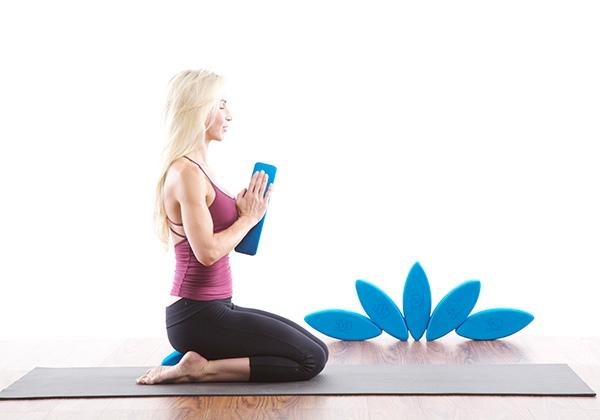 Tư thế Yoga anh hùng