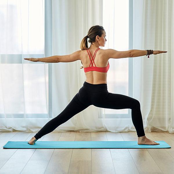 Tư thế Yoga chiến binh 2