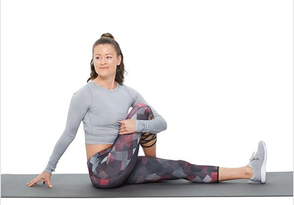 Tư thế Yoga xoay người