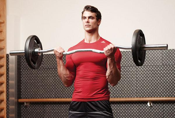 Bài tập EZ Bar Curl tăng hiệu quả phát triển cơ bắp tay trước