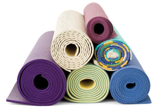 Chọn thảm tập Yoga qua kiểu dáng