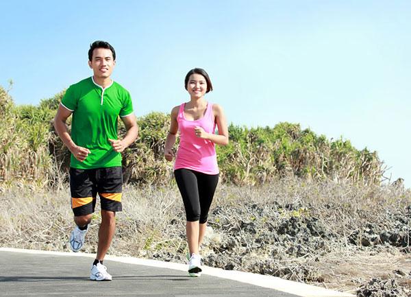 Chạy bộ có giảm cân không?