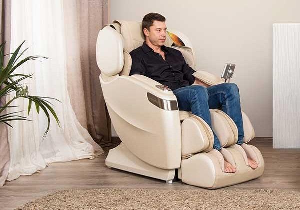 Có nên mua ghế massage không? Kinh nghiệm mua thế nào