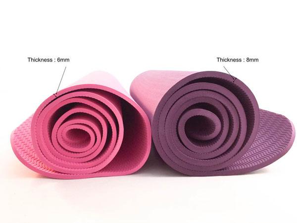 Chọn thảm tập Yoga qua độ dày của thảm