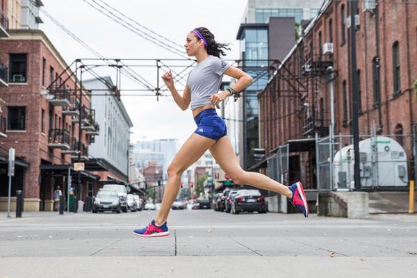 Lịch chạy bộ giảm cân chi tiết