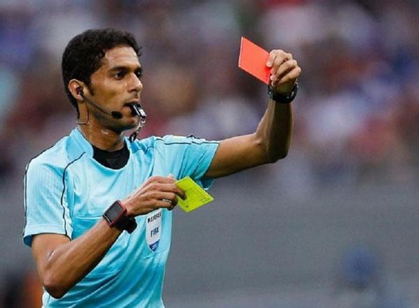Cầu thủ cần hạn chế bị phạt thẻ vàng, thẻ đỏ khi tham gia thi đấu