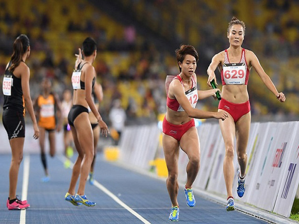 Quy định về luật chạy tiếp sức 4x100m