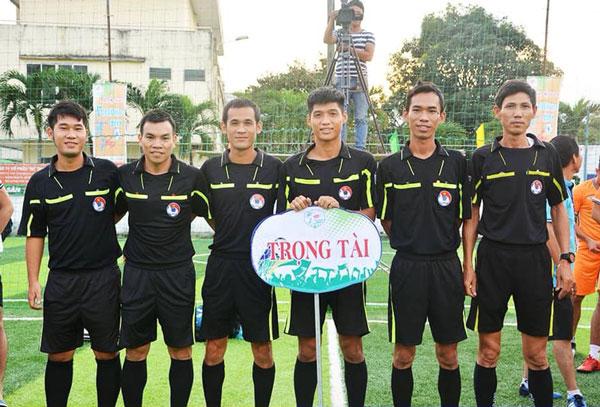 Trọng tài có vai trò rất quan trọng trong giải đấu bóng đá 7 người
