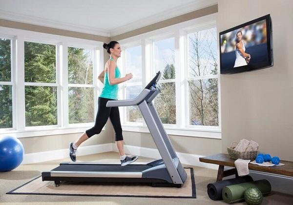 Nên mua máy chạy bộ nào tốt phù hợp cho gia đình tập luyện?