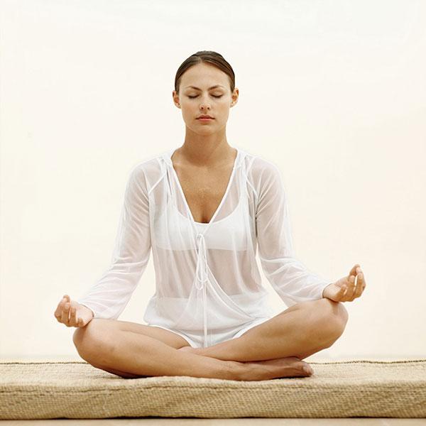 Ngồi thiền giúp giải tỏa và kiểm soát căng thẳng, chống trầm cảm