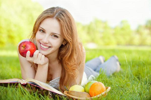 Các tác dụng của việc ăn táo