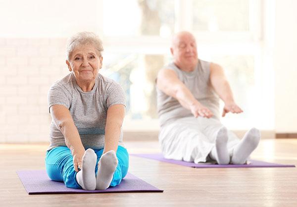 Tập Yoga cho người già