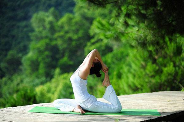 Tập Yoga tại nhà với tư thế chim bồ câu