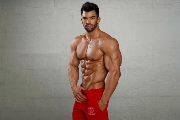 Tiêu chuẩn đàn ông có body đẹp cần như nào?