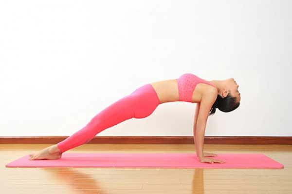 Tư thế Plank ngược (Reverse Plank)