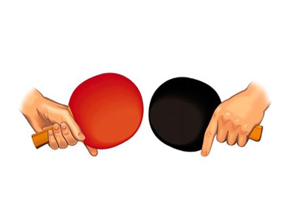 Cách cầm vợt ngang trong bóng bàn