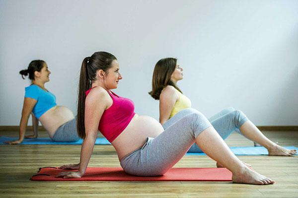 15 bài tập Yoga cho bà bầu ở các giai đoạn thai kỳ khác nhau