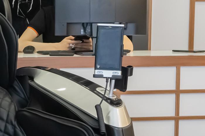 Màn hình hiển thị trên ghế massage Oreni OR-390