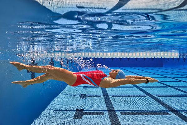 Một số kiểu bơi hỗ trợ giảm cân