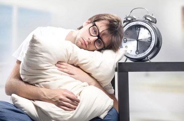 Điều trị chứng khó ngủ